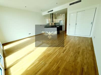 Studio for Rent in Al Raha Beach, Abu Dhabi - Captivating Sea View! Cozy Apartment Vacant Now!