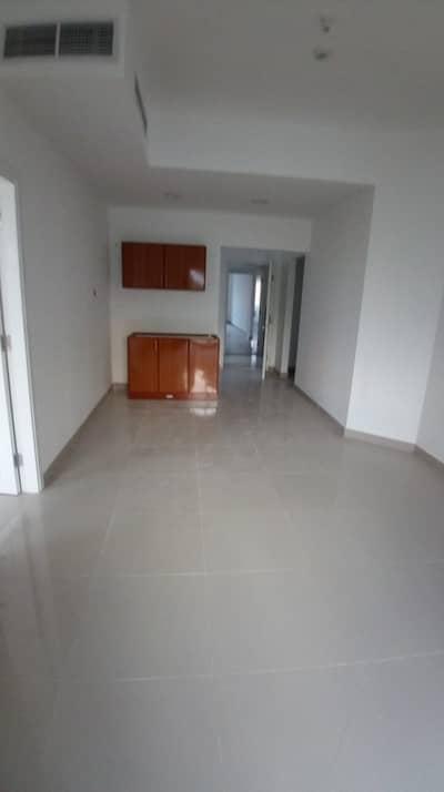 استوديو  للايجار في مصفح، أبوظبي - شقة في شعبية مصفح 33000 درهم - 4561059