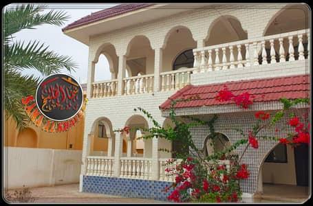 4 Bedroom Villa for Rent in Musherief, Ajman - Luxurious villa in the most luxurious area in Mushereif for rent