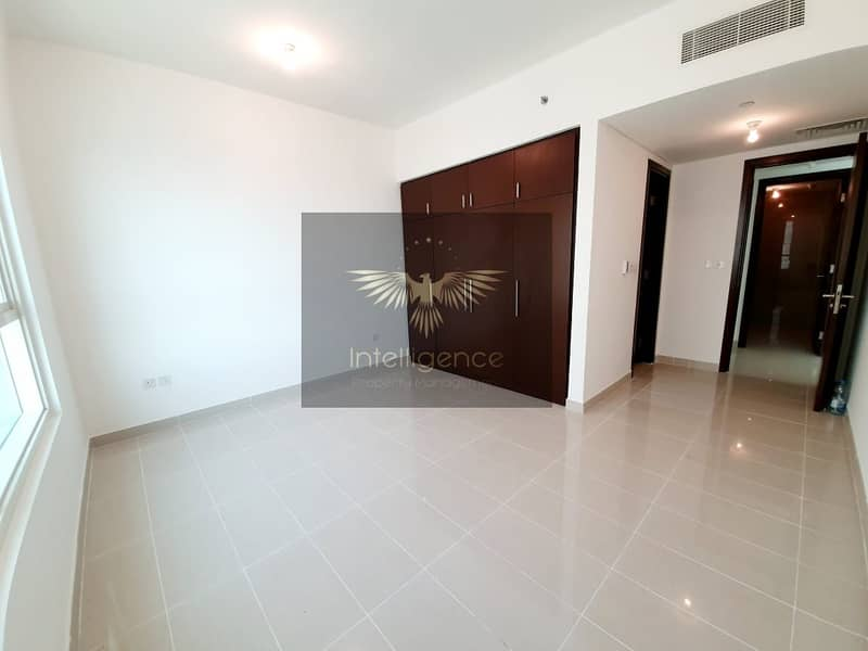 10 Vacant Soon! Spacious Unit with Closed Kitchen!