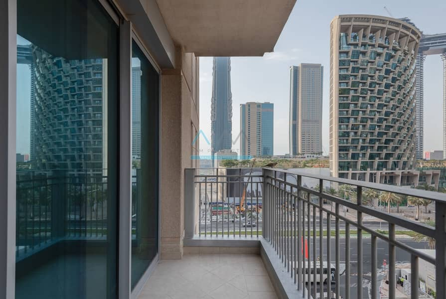 10 DOWNTOWN / CHILLER FREE / 2 BEDROOM PET FRIENDLY / STANDPOINT A / BURJ VIEW