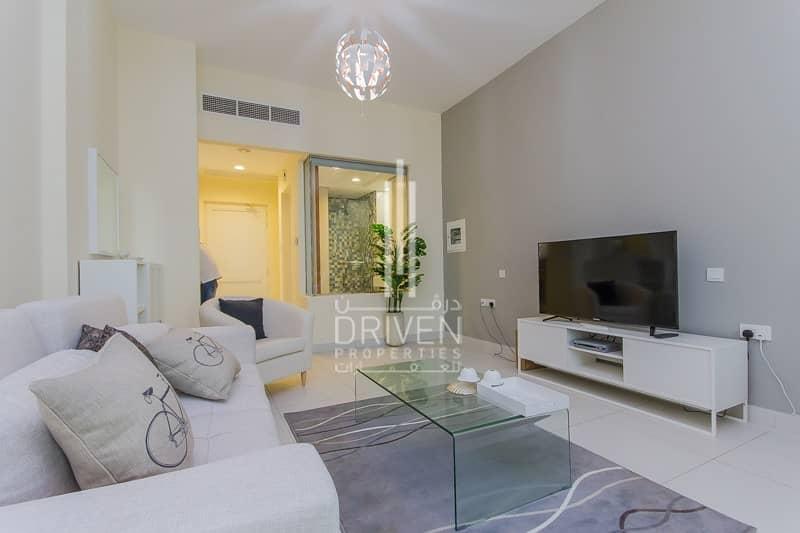 2  Fully furnished modern Studio