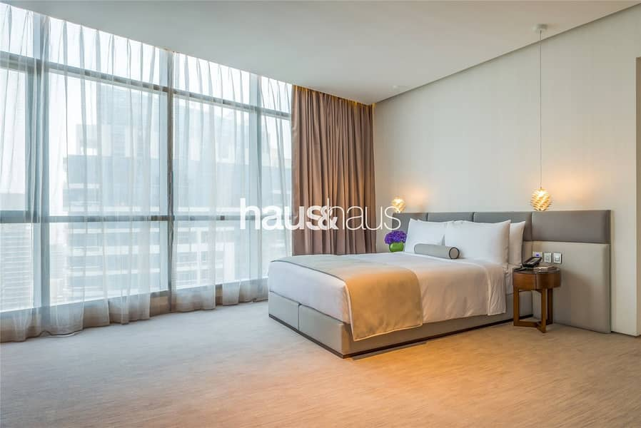 10 Stunning Penthouse in the Heart of Dubai Marina