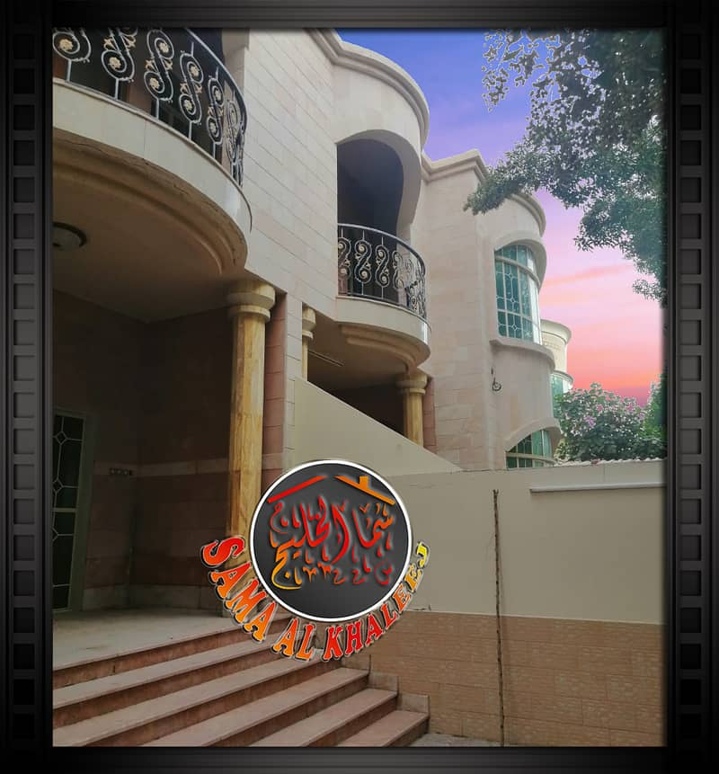 Large villa 7000 feet 10 master rooms at an excellent price