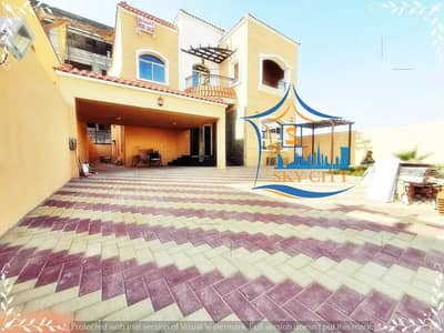 5 Bedroom Villa for Sale in Al Mowaihat, Ajman - Villa on the street directly personal finishing a large building area of the best finishes