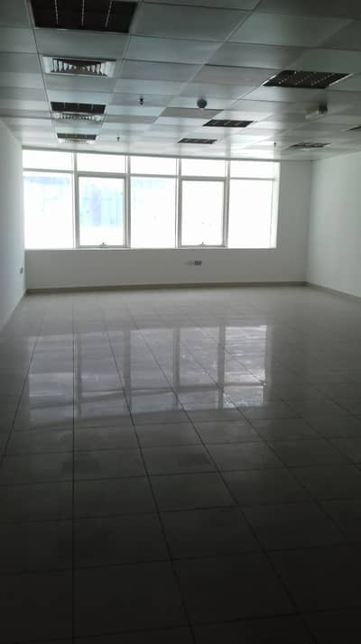 Office for Rent in Ajman Downtown, Ajman - Horizon Towers: Luxurious OFFICE 1000 sqft with Pantry and Bathroom