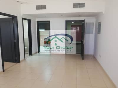 فلیٹ 1 غرفة نوم للايجار في شارع الدفاع، أبوظبي - Newly Renovated 2 Bedroom for 45