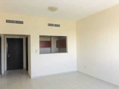 فلیٹ 1 غرفة نوم للبيع في المدينة العالمية، دبي - شقة في الحي البريطاني المدينة العالمية 1 غرف 310000 درهم - 4560071