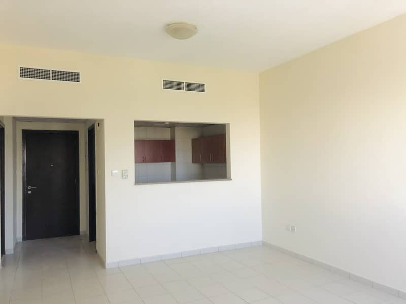 1 Bedroom Apartment For Sale In England Cluster X Building.