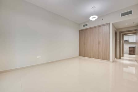1 Bedroom Flat for Rent in Dubai Production City (IMPZ), Dubai - Large Living room
