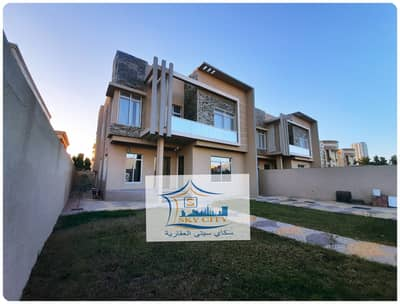 5 Bedroom Villa for Sale in Al Rawda, Ajman - A large area villa at a special price from the owner without commission