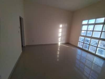 Complex 3 villas an excellent price in MBZ City