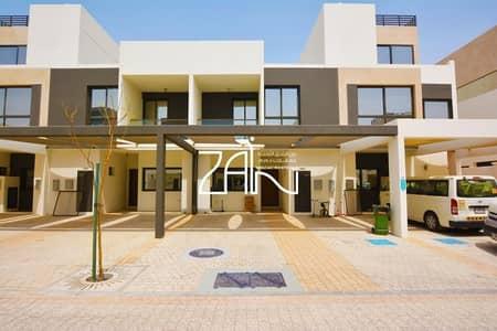 تاون هاوس 5 غرف نوم للايجار في شارع السلام، أبوظبي - Single Row! Lovely 5 BR TH with Private Garden