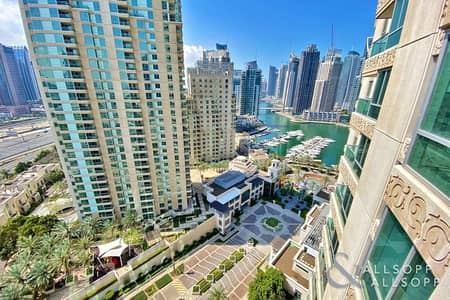 2 Bedroom Apartment for Sale in Dubai Marina, Dubai - Upgraded   Vacant on Transfer   Two Beds