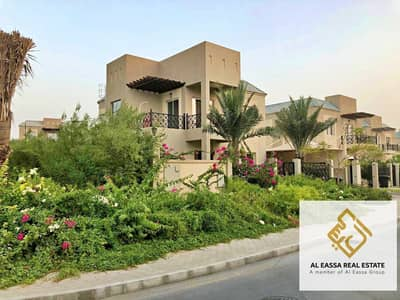 4 Bedroom Villa for Sale in Dubailand, Dubai - Corner unit | Landscaped | Car shade | Fully furnished