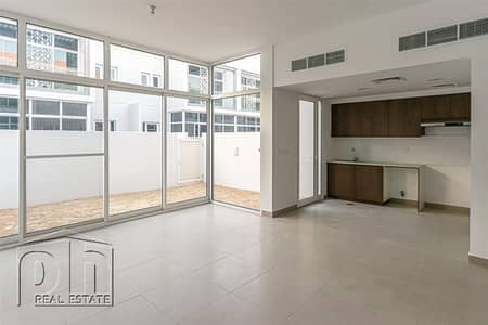 2 Bedroom Villa for Sale in Mudon, Dubai - All En-suite - Maids Room - Single Row