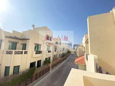 فیلا 5 غرف نوم للايجار في الخالدية، أبوظبي - EXCELLENT 5 Bedroom villa with 2 parking and all Facilities in Khalidiyah for 160