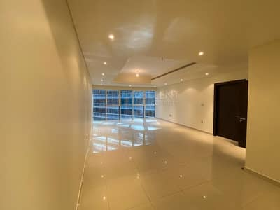 Luxurious and Spacious 3BH Apt| Excellent LocationI
