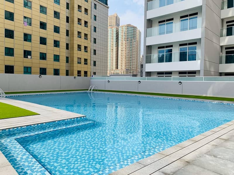 Brand New Building ! 30 Days Free ! Luxury 1 bedroom with 2 Balconies/Wardrobe All Facilities Free rent 45k 4-6chqs