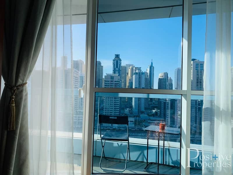 BEAUTIFULLY FURNISHED 1 BHK WITH MARINA VIEW IN SABA TOWER