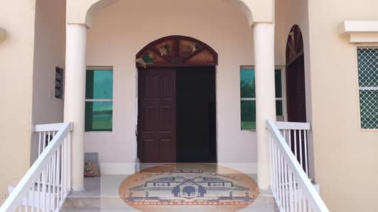 3 Bedroom Villa for Sale in Al Rawda, Ajman - A one-storey villa for sale with water, electric, air conditioners, at an excellent price