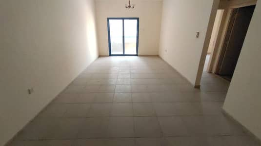 HUGE SIZE APARTMENT WITH BALCONY OPEN WIVE 1 MONTH FREE ONLY 27 K