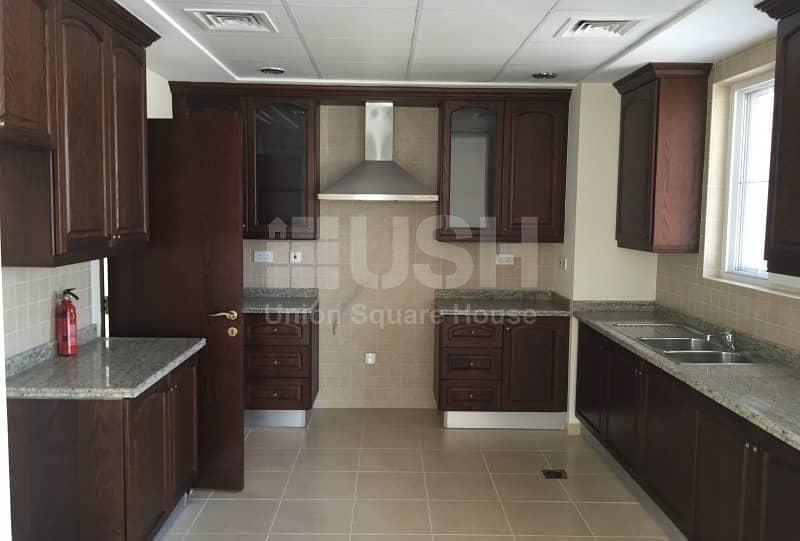 2 4 Bedrooms villa in Umm Al Quwain Marina