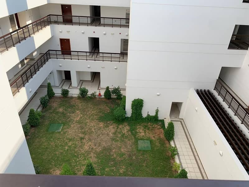9 48k WELL MAINTAINED 2 BEDROOM IN DUBAI GATE 2