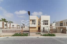Park facing brand new 5 bedroom villa PLUS