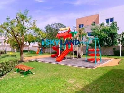 فیلا 3 غرف نوم للايجار في الريف، أبوظبي - Excellent Condition! 3BR w/ Private Garden 95k Only