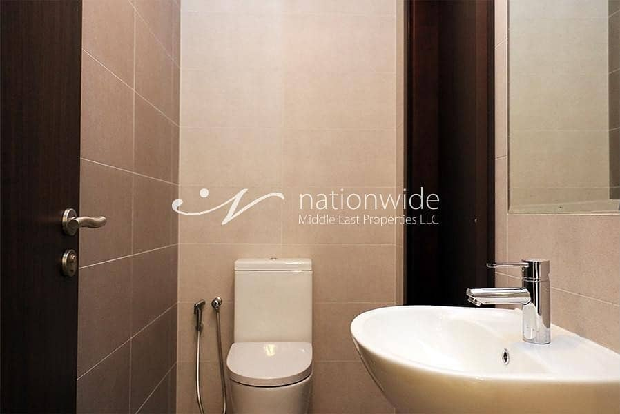 16 Brilliant 1 BR Apartment With Rental Back In Marina Bay C2