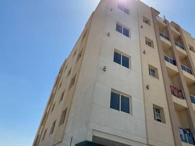 مبنى سكني 11 غرف نوم للبيع في الجرف، عجمان - 6