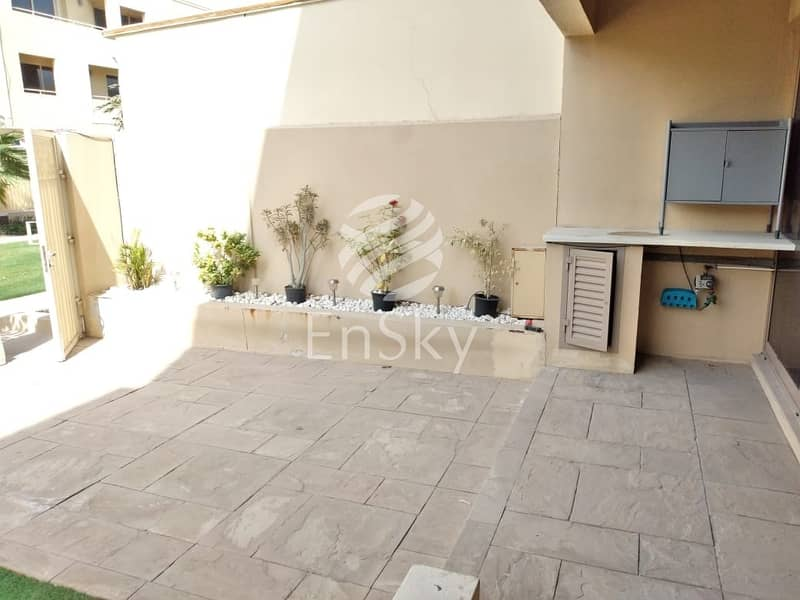 15 Clean and Tidy Three BHK Villa with all facilities