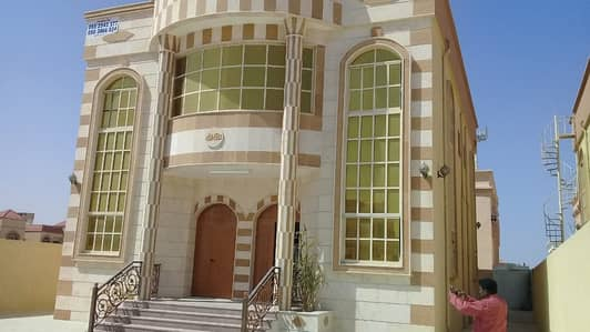 5 Bedroom Villa for Rent in Al Rawda, Ajman - Villa for rent second plot from Sheikh Ammar clean maintained