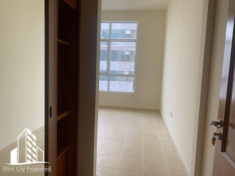 10 NO COMMISSION | EXCELLENT | SPACIOUS 1 BHK IN REMAH TOWER