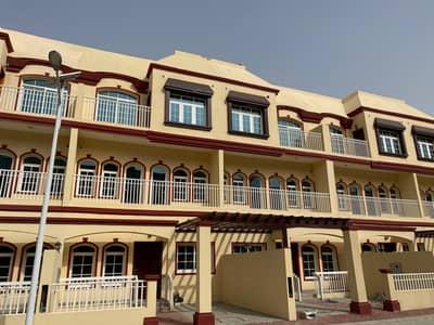فیلا 4 غرف نوم للايجار في عجمان أب تاون، عجمان - فيلا طابقين بسعر رخيص في عجمان اب تاون