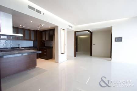 فلیٹ 2 غرفة نوم للايجار في الخليج التجاري، دبي - Upgraded 2 Bed + Maid   Study  Unfurnished
