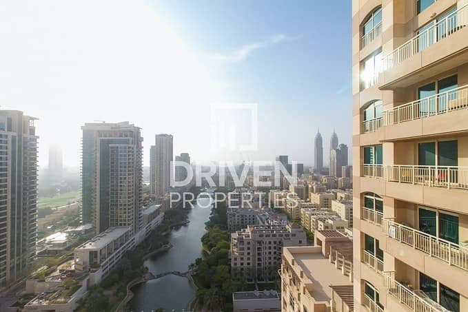 Amazing 1 Bed Unit | Parka and Lake View