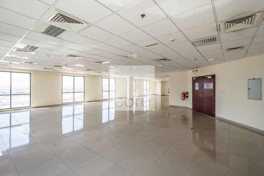 2 Low floor fitted office space in EBC for rent