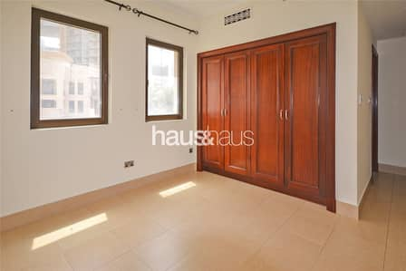 2 Bedroom Flat for Rent in Old Town, Dubai - 2 bedroom | Burj Khalifa View | Available now