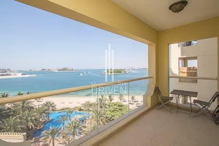 شقة 1 غرفة نوم للايجار في نخلة جميرا، دبي - Soothing Sea View I 1BR Apt in Shoreline