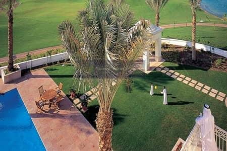 5 Bedroom Villa for Sale in Emirates Hills, Dubai - Massive Plot Size | Lake View | Luxury