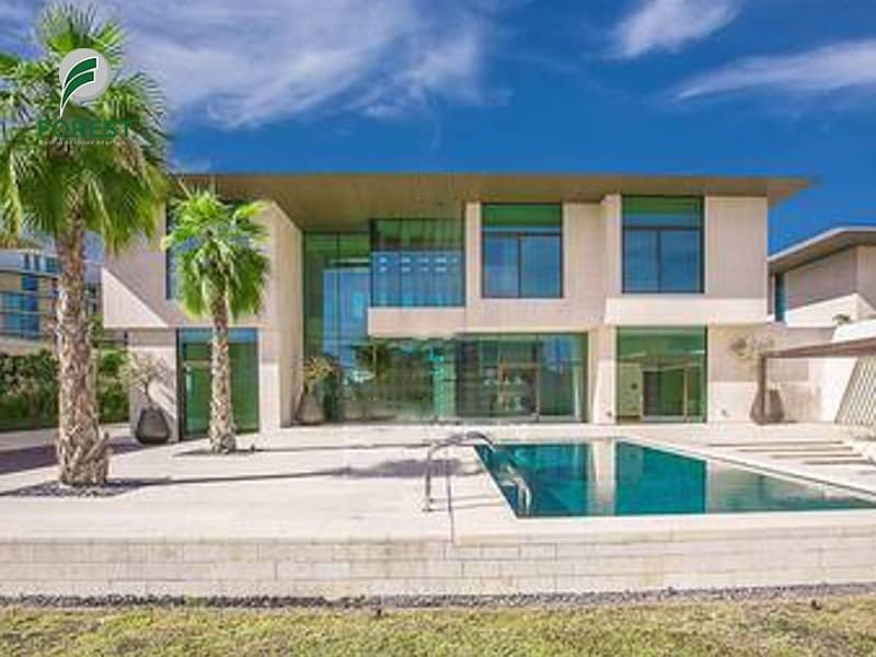 Luxurious 3 Bedroom Mansion in Bulgari for Sale