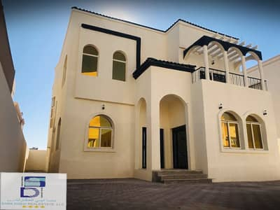 Wonderful design villa with fantastic price and close to all services in the finest areas of Ajman (Al Mowaihat 2) for freehold for all nationalities