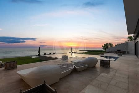 PRIVATE BEACH ESTATE VILLA - HIGHLY EXCLUSIVE