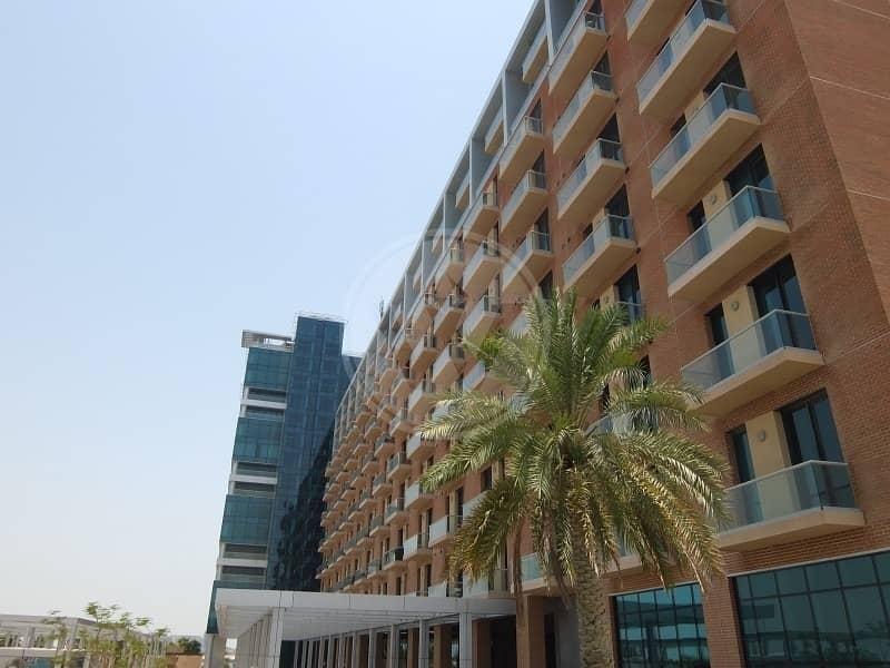 10 Exclusive Bandar Studio Private Balcony