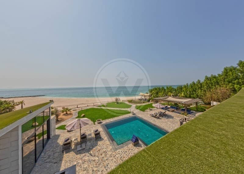 2 Remodelled and furnished private beachfront estate