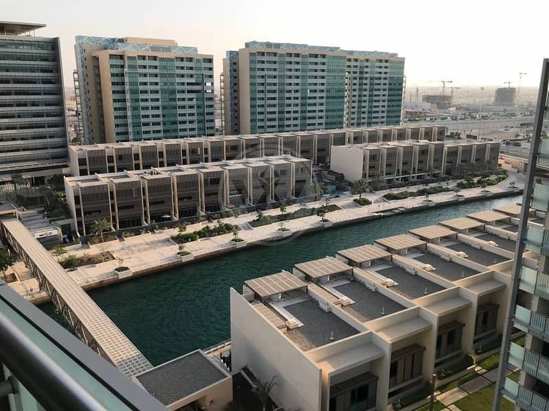2 New to the market  |  Sea and canal  views