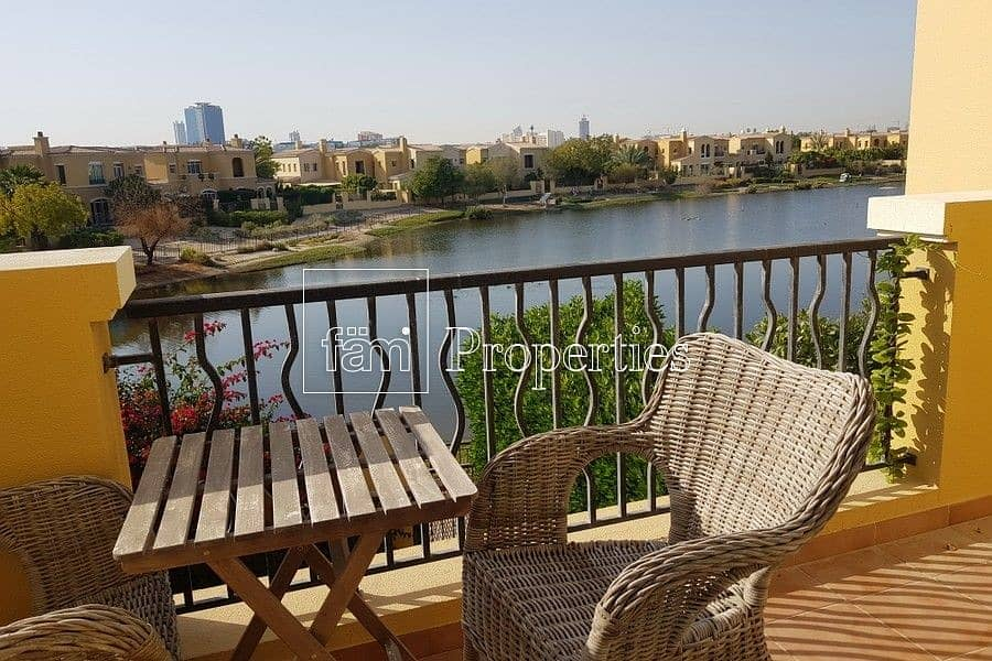 Stunning Lake View 2Bed villa in Ranches