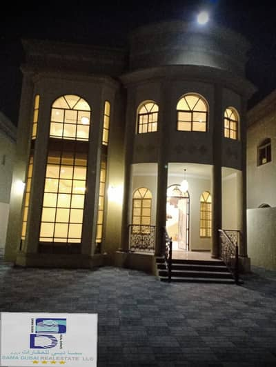 5 Bedroom Villa for Sale in Al Mowaihat, Ajman - Wonderful attractive design villa at a great price and close to all services in the finest areas of Ajman (Al Muwaihat) for freehold for all nationalities